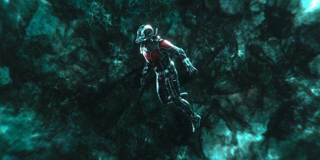 Мстители: финал: В фильме «Человек-муравей и Оса» показали, что в квантовом измерении время идёт иначе