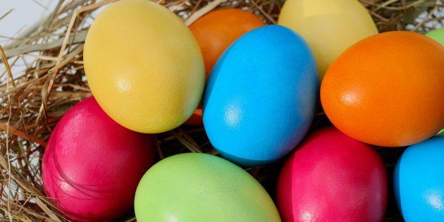 Как покрасить яйца магазинными растворимыми красителями