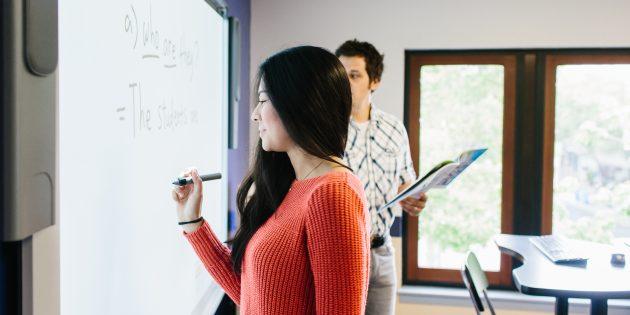 Преподаватели в школах Kaplan используют академические наработки, которые компания оттачивала на протяжении 80лет