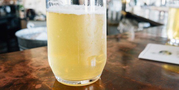 Квас из берёзового сока с сухофруктами без сахара