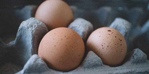 Специалисты сервиса доставки продуктов Instamart выберут для вас лучшие молочные продукты и яйца