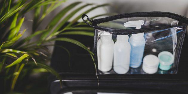 Жидкости в пластиковом пакете.