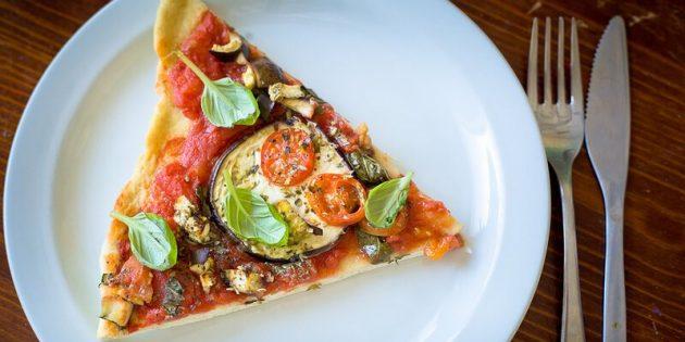 Рецепты: Постная пицца с баклажанами на бездрожжевом тесте
