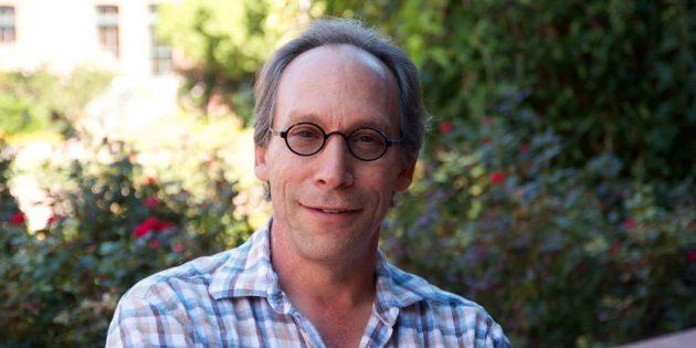 Эволюция Вселенной — тема познавательной книги доктора философии по физике Лоуренса Краусса