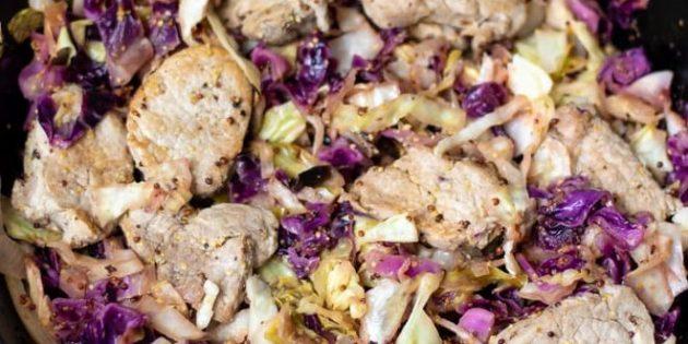 Как сделать свинину на сковороде с капустой и сидром