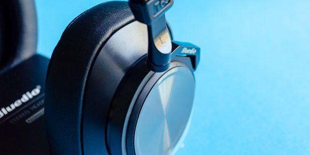Беспроводные наушники Bluedio Turbine T6S: чашки наушников изготовлены из пластмассы