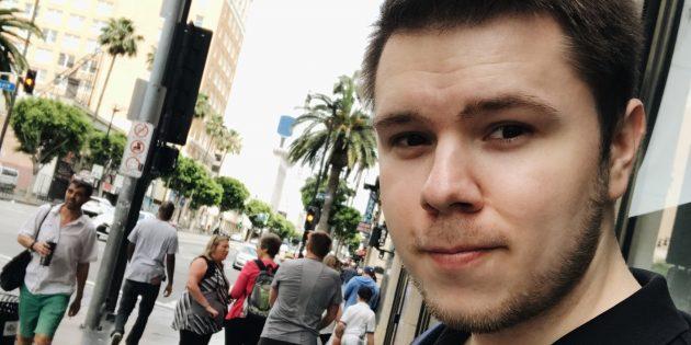 Главный редактор DTF Вадим Елистратов: селфи с Голливудского бульвара