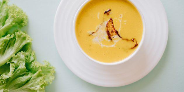 Рецепты для блендера: Сырный крем-суп с курицей