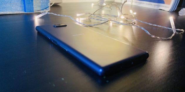 Sony Xperia 10Plus: задняя панель