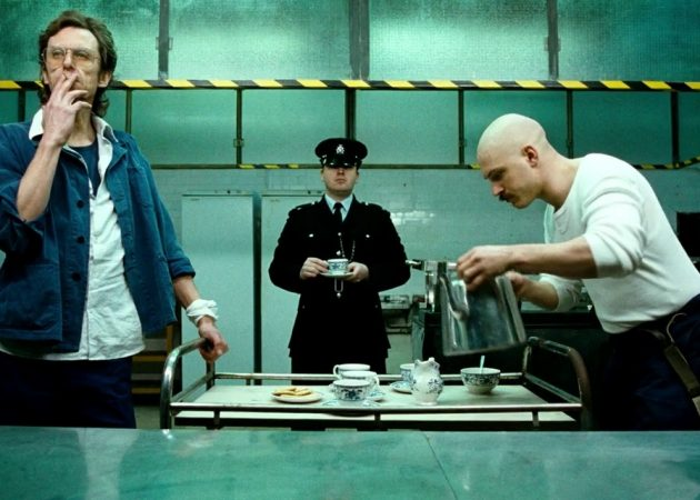 Николас Виндинг Рефн: симметрия и отражение в фильмах