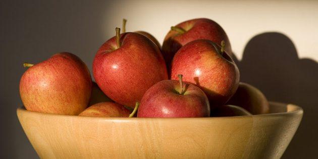 Полезные фрукты и ягоды: яблоки