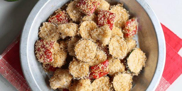 Овощи в духовке с пармезаном и паприкой