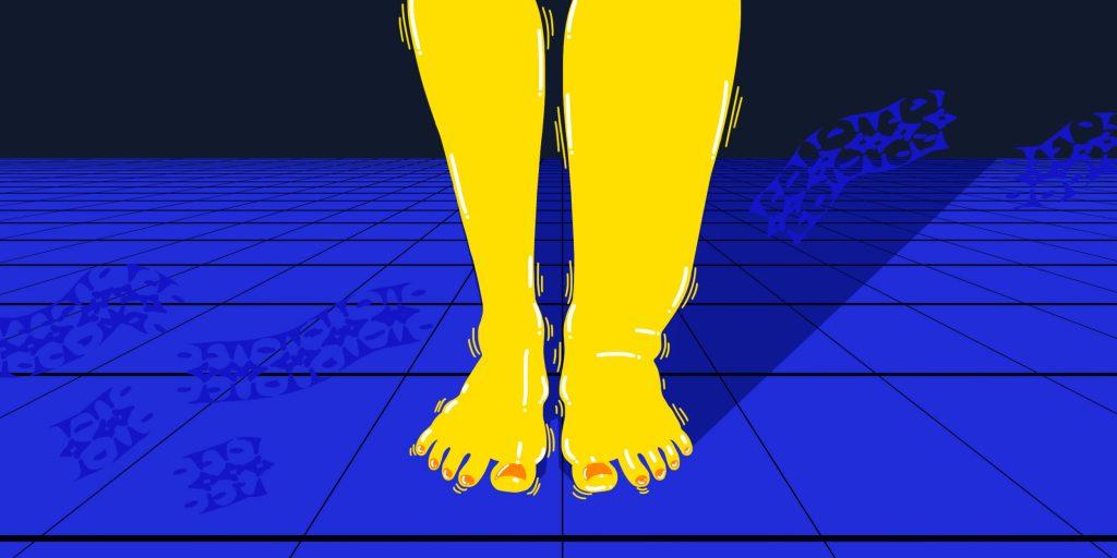 Из за чего отекают ноги у женщин