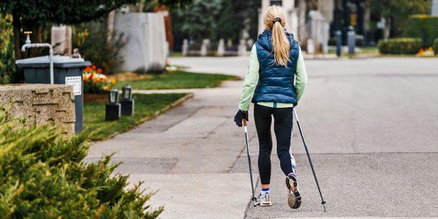 Скандинавская ходьба – модный фитнес: в два раза эффективнее бега, работает 90% мышц