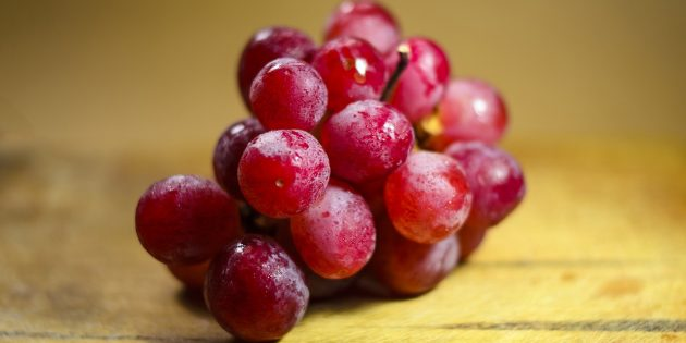 Полезные фрукты и ягоды: виноград