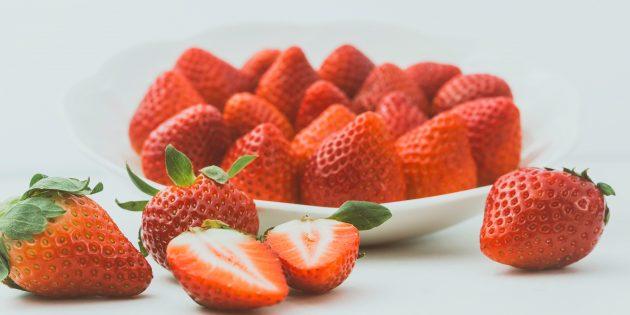 полезные фрукты и ягоды: клубника