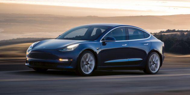 Разработки Маска: Tesla Model 3