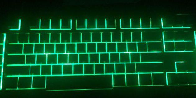 Неудачный дизайн: клавиатура без подсветки букв