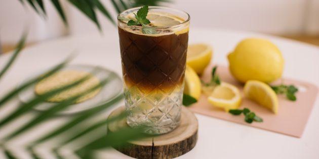 Сорта кофе и вариации напитков: колд-брю-тоник