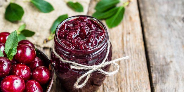 Варенье из вишни без косточек с шоколадом и ванилью