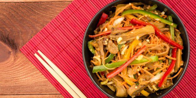 Баклажаны по-корейски с огурцами, морковью и болгарским перцем