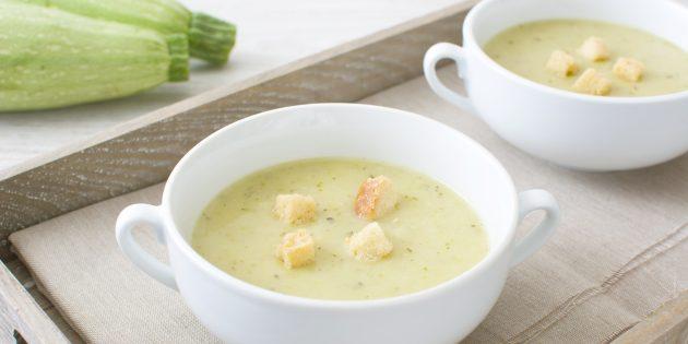 Крем-суп из кабачков с молоком и творогом