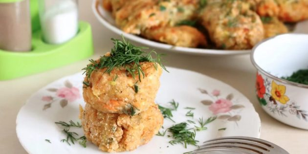 Веганские котлеты из кабачков с картофелем и морковью