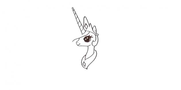 Подрисуйте корону и украшение на шее
