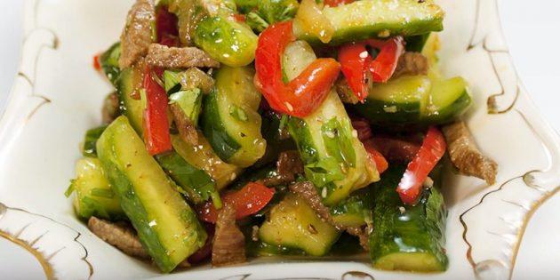 Огурцы по-корейски с мясом, перцем и кинзой