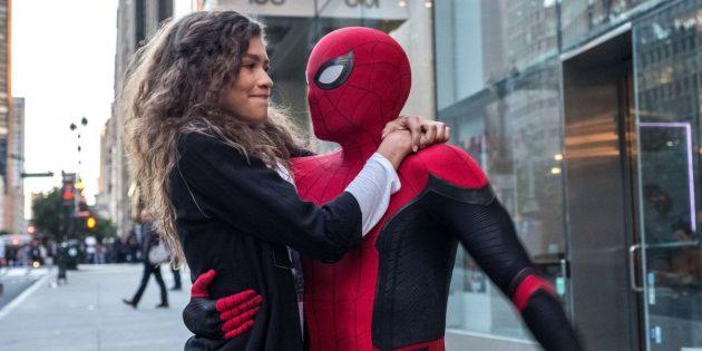 Человек-паук: Вдали от дома: лёгкий летний блокбастер, близкий по духу подростковым комедиям о путешествиях
