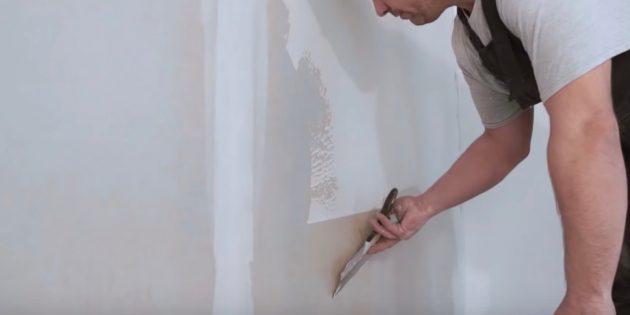 Как выровнять стены шпаклёвкой: регулируйте толщину шпаклёвки наклоном шпателя