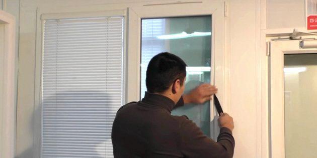 Как отрегулировать пластиковое окно: съёмка штапиков