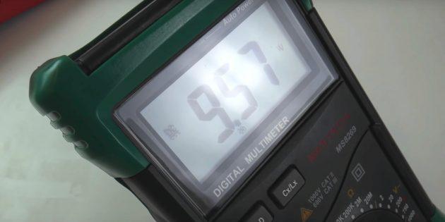 В ручном мультиметре, возможно, придётся подкорректировать диапазон измерений