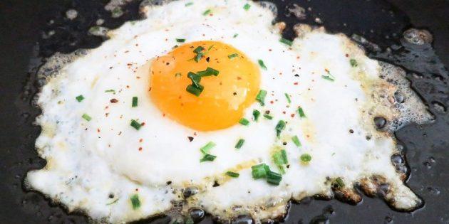 Яичница — вкусно и недорого