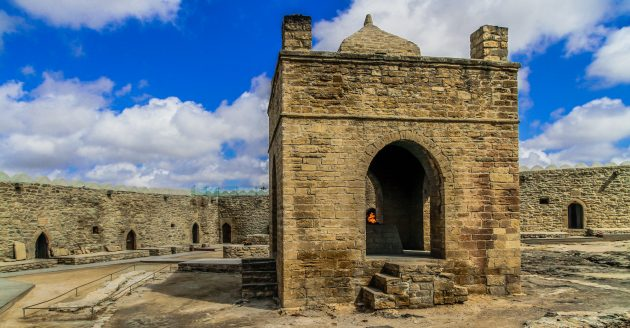 Отдых в Азербайджане: храм Атешгях