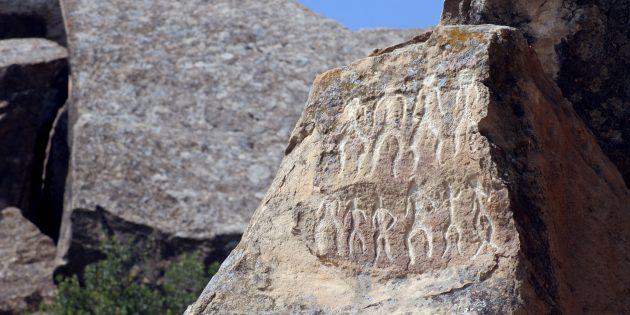 Отдых в Азербайджане: петроглифы