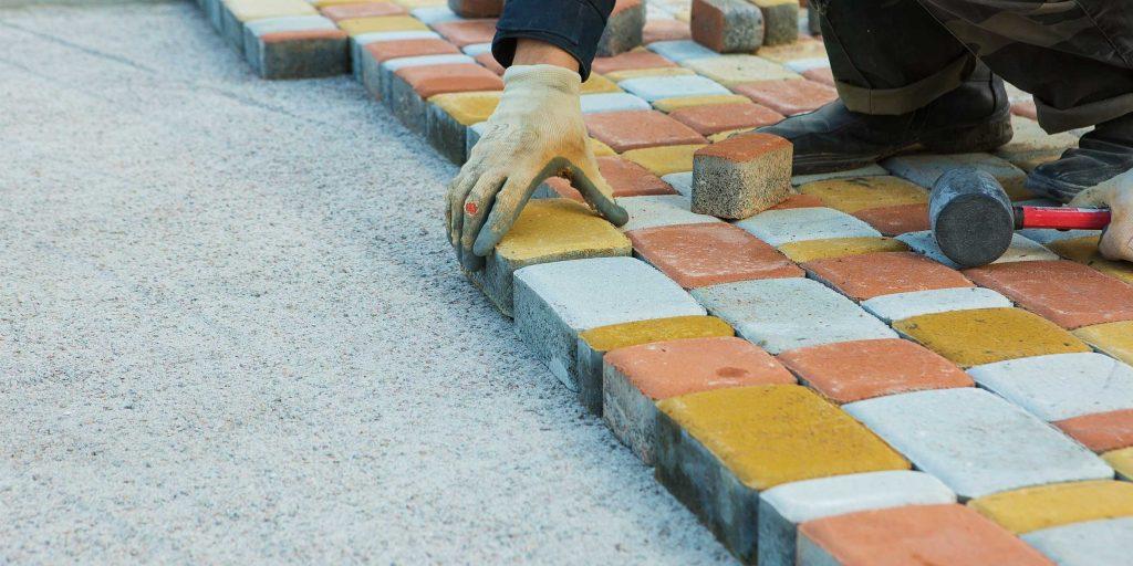 Подборка пошаговых инструкций по укладке тротуарной плитки