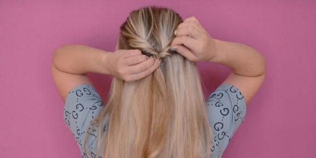 Соберите верхнюю часть волос в хвостик на затылке
