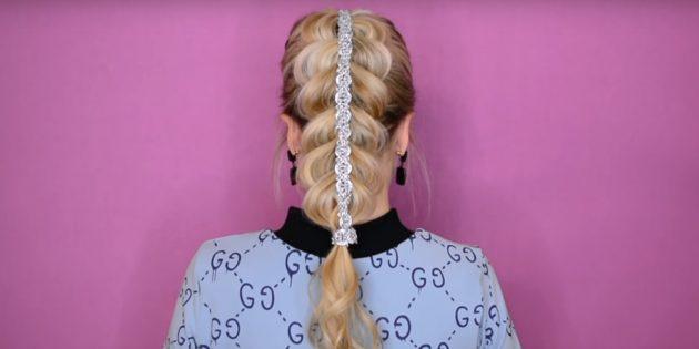 Причёски на 1сентября: объёмная коса без плетения с лентой