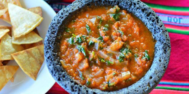 Классический соус сальса с варёными помидорами