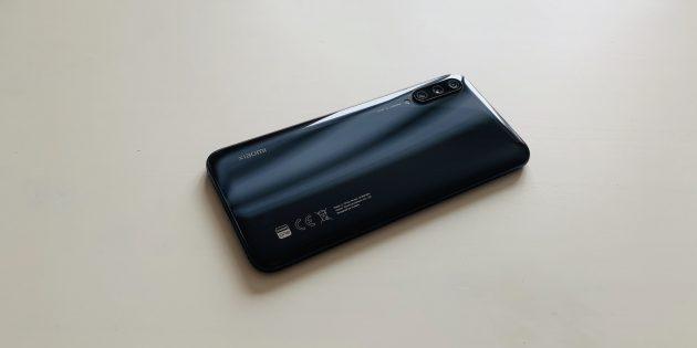 Xiaomi Mi A3: задняя панель