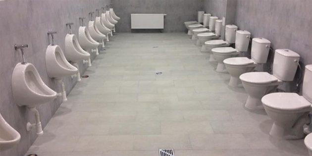 Туалет в школе