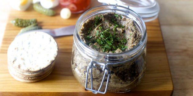 Икра из грибов-опят с чесноком и помидорами