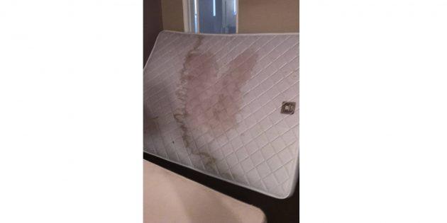 не переворачивайте матрас в отеле
