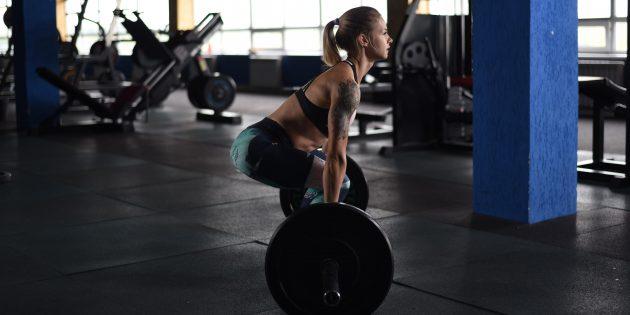Статьи про спорт на Лайфхакере пишет Ия Зорина, практикующая кроссфит и имеющая допуск к тренерской работе