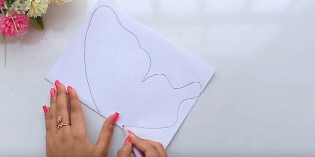 Открытка на день рождения своими руками: сложите лист белой бумаги поперёк пополам