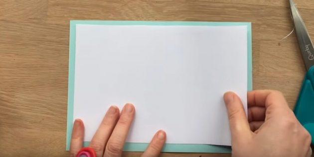 Вырежьте прямоугольники из белой и голубой бумаги