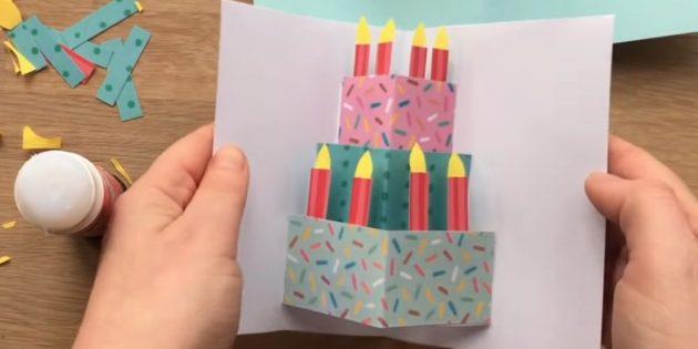 Открытка на день рождения своими руками: вырежьте свечки и приклейте к торту