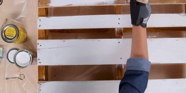 журнальный столик своими руками: покрасьте палеты