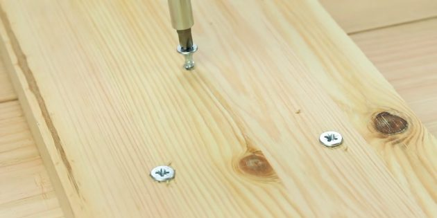журнальный столик своими руками: соедините доски в одном месте